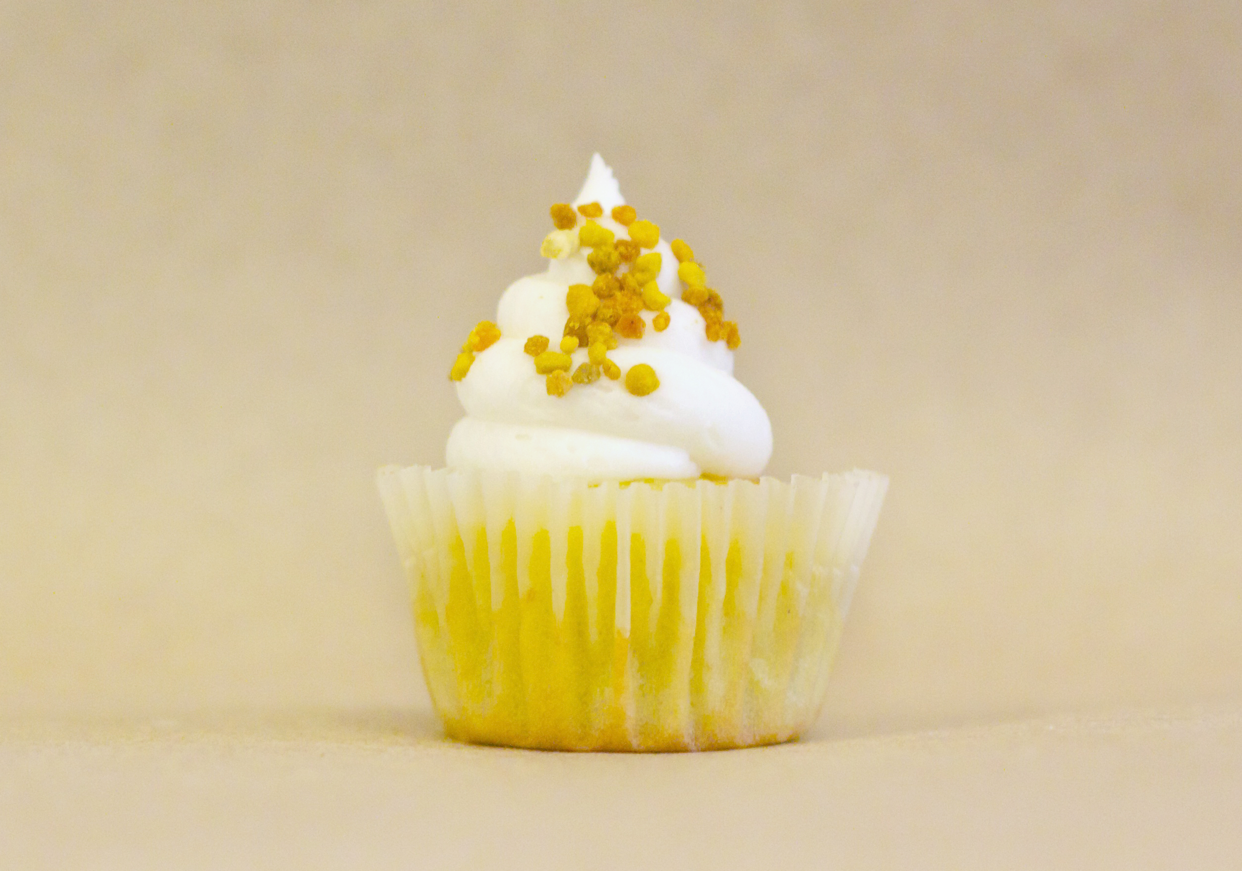The Bee's Knees Cupcake
