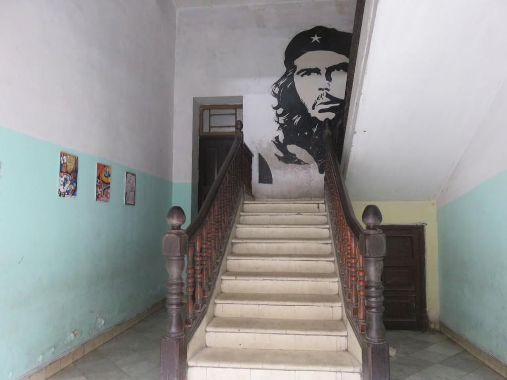I expected to see images of Fidel plastered everywhere but instead I found Che Guevara watching over all of us.